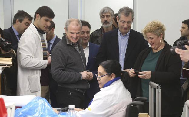 El diputado general de Gipuzkoa, Markel Olano, acompaña a KL katealegaia en la inauguración de su nueva planta de Zarautz: «Esta inversión permitirá desarrollar proyectos industriales generadores de empleo»