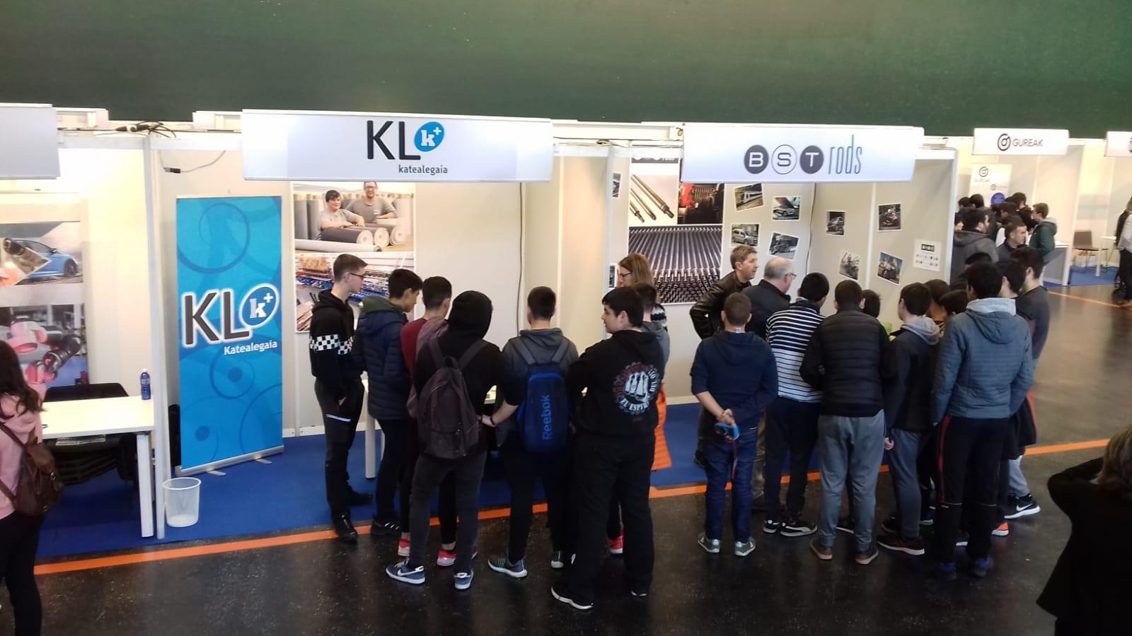 KL katealegaia participa en la I. Feria de Industria y Empleo de Urola Garaia.