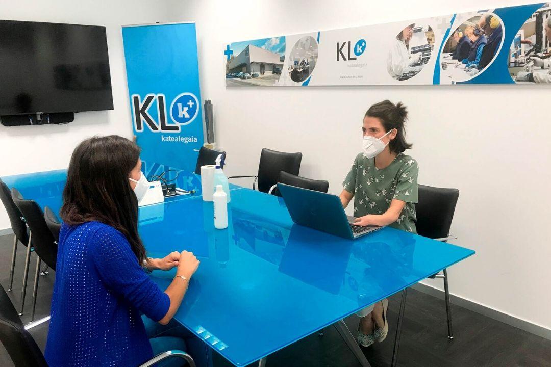 Los Programas de Apoyo a la Empleabilidad de KL katealegaia reinician este lunes la atención presencial a las personas